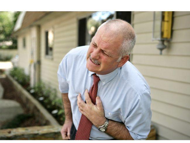 Средство не назначают при индивидуальной непереносимости его составляющих, при выраженной гипотонии, остром инфаркте миокарда