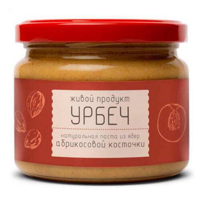 Ядра абрикосовых косточек используют для приготовления дагестанского блюда под названием – урбеч. Готовится эта сладость в виде пасты, куда входят следующие продукты: ядра от абрикосовых косточек; сливочное масло; мед