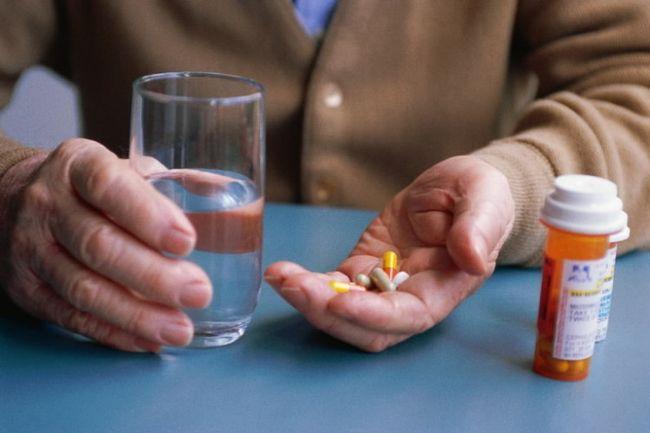 Медикаментозная терапия аденомы простаты начинается только по указанию врача