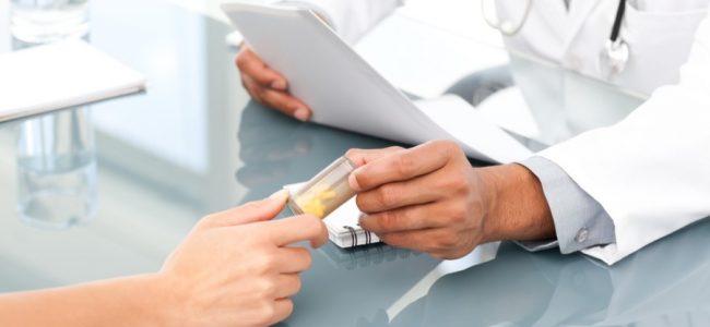 Дозировка препарата и длительность применения зависит от формы выпуска препарата. Аспаркам в виде таблеток назначают в количестве одной или две таблетки три раза в день, продолжительность приема составляет около трех или четырех недель