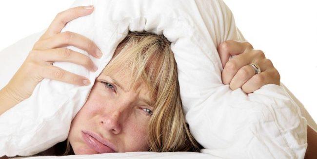 Передозировка Бисептола может сильно повлиять на общее состояние больного. Это проявляется частой головной болью и головокружением. В отдельных случаях - асептическим менингитом и депрессией. При подобных симптомах необходимо обратится к врачу