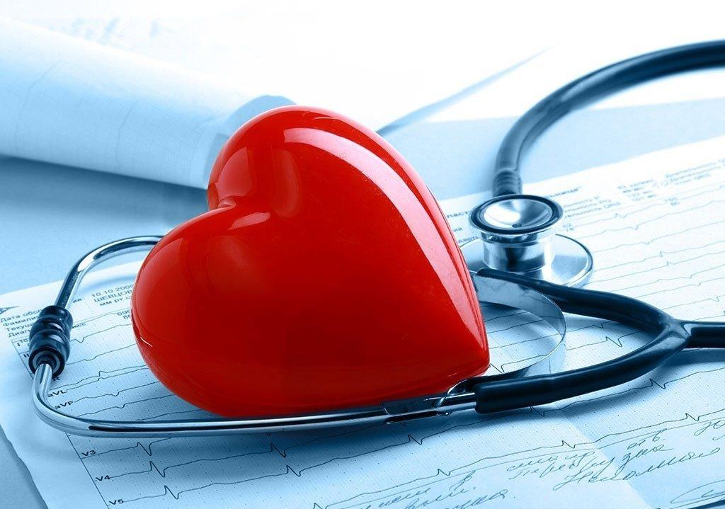 Бисопролол активно применяется при некоторых патологиях сердечно-сосудистой системы, но зачастую его можно заметить в назначениях при сердечной недостаточности и просто в качестве профилактики