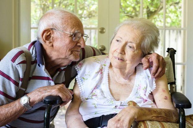 Болезнь Альцгеймера чаще всего бывает у пожилых людей
