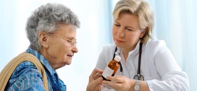 Необходимо поставить диагноз максимально быстро, поэтому при первых симптомах нужно обратиться к врачу