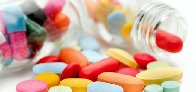Спазмолитики и обезболивающие препараты купируют болевые ощущения, также при болях в печени назначают гепатопротекторы, они способствуют регенерации печеночных клеток