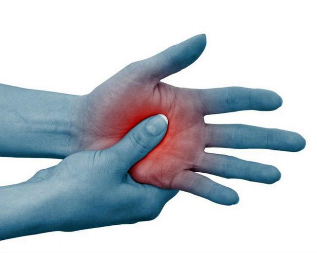 Уменьшение боли при нагрузке - отличает ревматоидный артрит от артроза