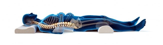 Удобное положение больного, поможет расслабить мышцы и облегчит боли