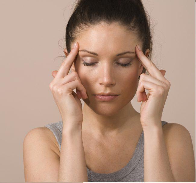 Препарат обычно хорошо переносится, иногда возможны умеренная сонливость, головная боль, сухость во рту, желудочно-кишечные расстройства, в этих случаях уменьшают дозу