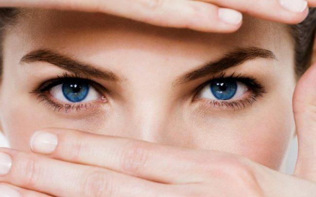 В некоторых случаях конъюнктивит может развиваться до трех месяцев, а иногда и полугода