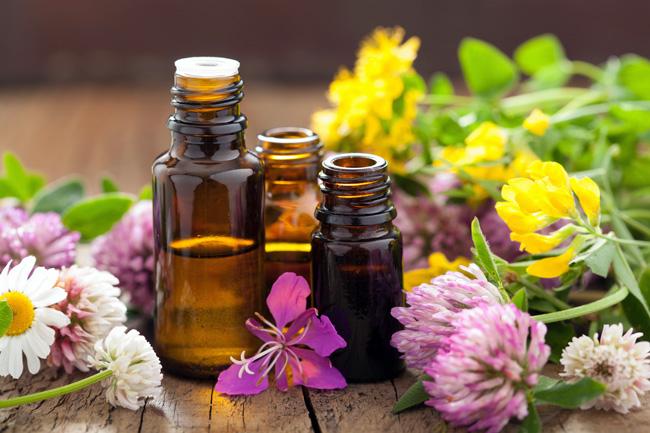 Эфирные масла - основное средство в аромотерапии