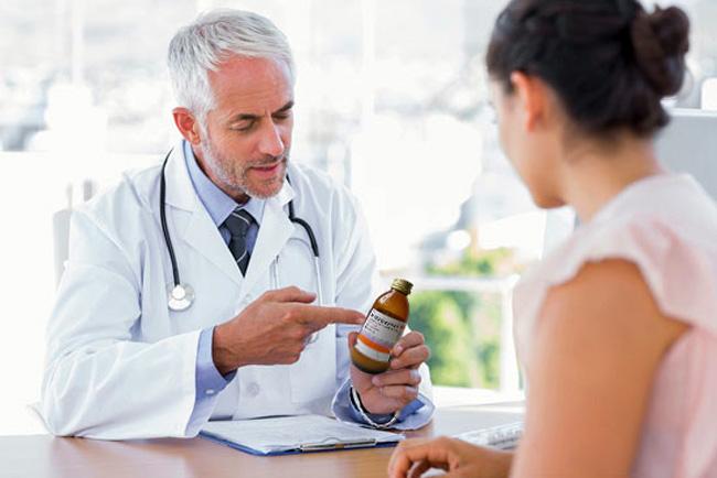 Прием препарата, независимо от формы выпуска, делят на 4 приема в день, курс лечения не должен превышать 7 дней
