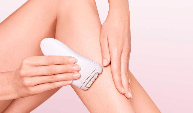 Ручной эпилятор - это доступный аппарат, который выдергивает волосок с корнем, при этом результат имеет продолжительность до двух-трех недель