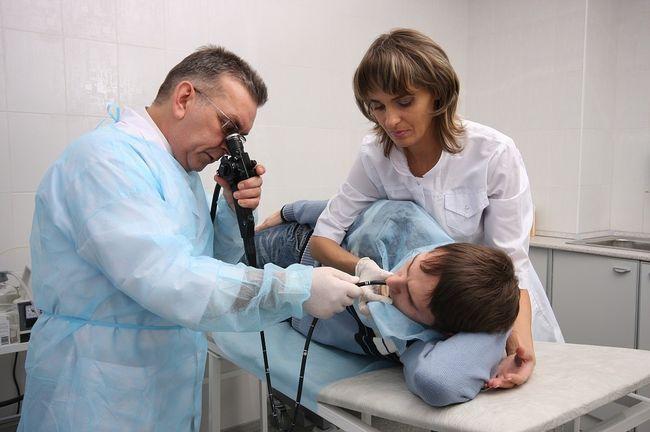 Главную роль в диагностике гастродуоденита играет эндоскопическое исследование, которые позволяет оценить состояние слизистой
