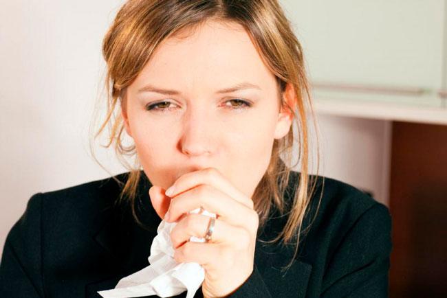 Экстракт первоцвета усиливает бронхиальный секрет, что позволяет существенно облегчить отхождение мокроты, а экстракт тимьяна помогает снизить спазмы и расширить бронхи для облегчения отхаркивания