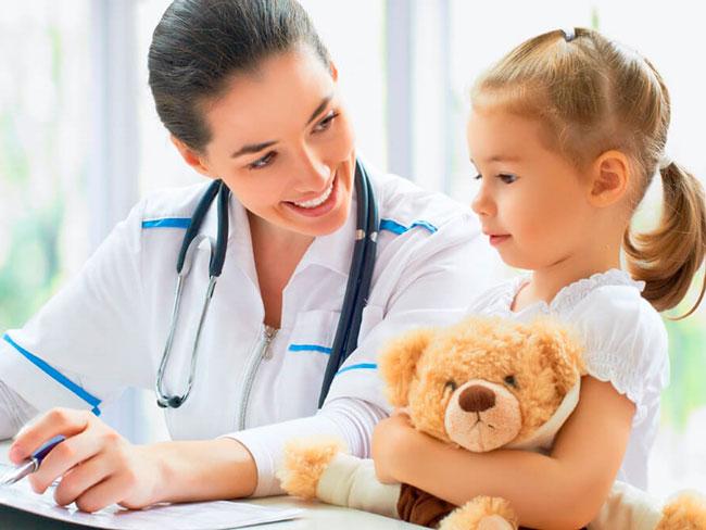 Перед приемом препарата рекомендуется проконсультироваться с терапевтом или педиатром, который уточнит диагноз и подтвердит правильность выбора наиболее эффективного средства против кашля