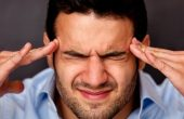 Headache in the temples – why it appears and how to treat it?