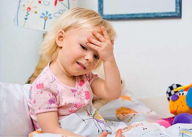 Чаще всего головная боль бывает у взрослых, но временами и у детей
