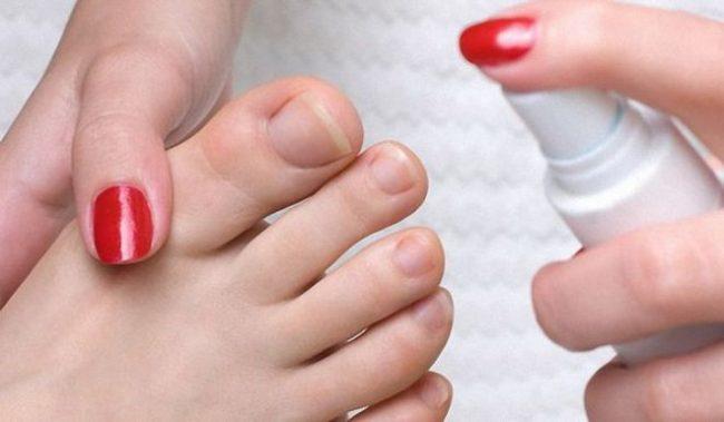 Азольные препараты часто применяются для лечения грибка на волосяных покровах и ногтях