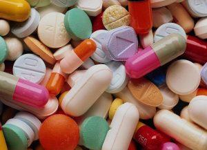 Набор побочных эффектов достаточно стандартный, как для такого типа лекарств, поэтому после приема первой таблетки или первого укола, внимательно наблюдайте за собой.