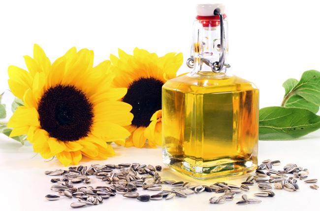 Выпитые 20 мг. подсолнечного масла, помогут избавиться от изжоги и дискомфорта в груди