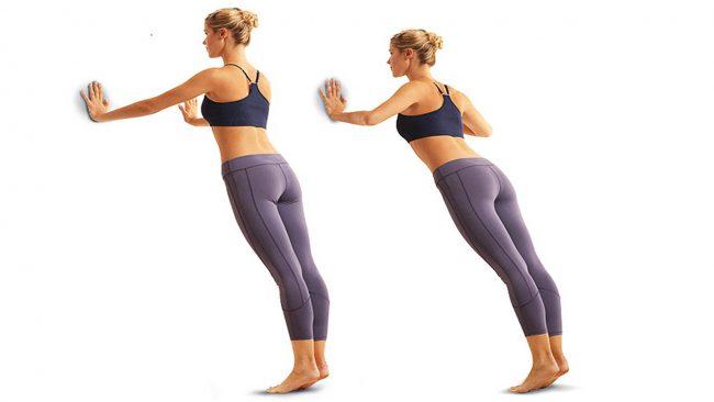 Отжиматься следует до 15 – 20 раз с ровной спиной на носках