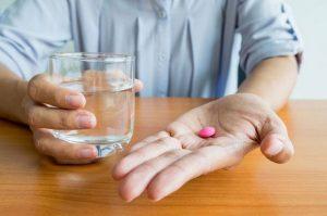 Необходимую дозировку следует спрашивать у врача, поскольку в зависимости от типа болезни назначается не только разная доза, но и разное количество таблеток в день