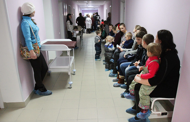 На фоне вспышек кори практически во всей Европе, и низкого уровня прошедших вакцинацию от кори в России, существует большая и реальная вероятность возникновения эпидемии на территории РФ