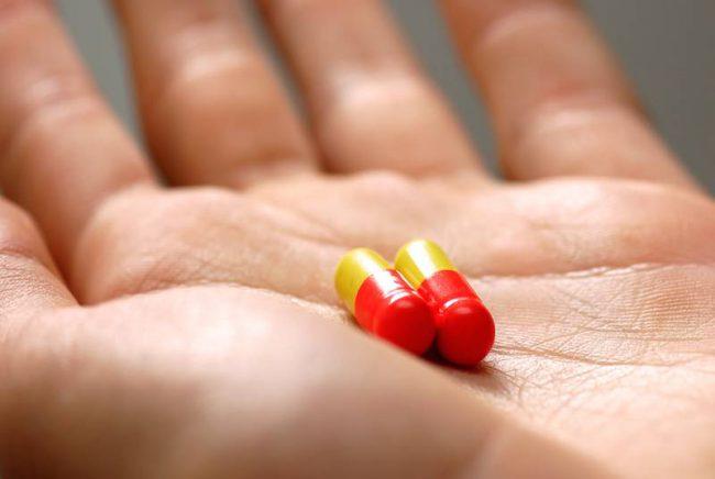 Дозы препарата подбираются врачом индивидуально, учитывая тяжесть заболевания и чувствительность пациента к препарату. В зависимости от клинической картины дозу постепенно повышают