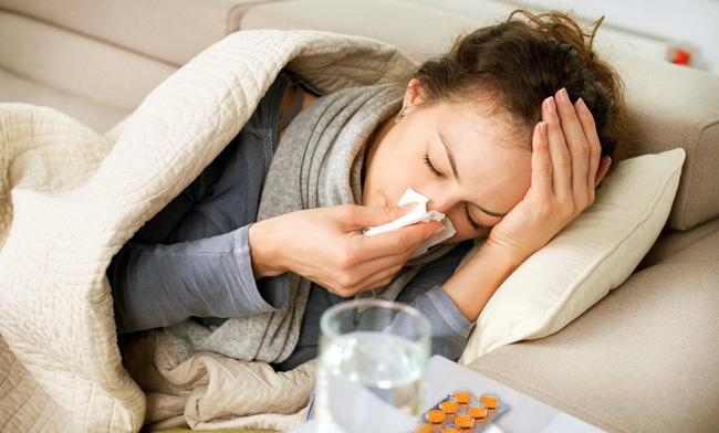 Таблетки рекомендуется принимать после еды, запивая достаточным количеством жидкости. Длительность курса лечения и дозы подбирает лечащий врач индивидуально