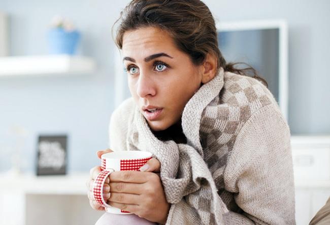 Обычно Лавомакс не вызывает негативных проявлений, но в редких случаях возможны побочные эффекты, в частности, кратковременный озноб