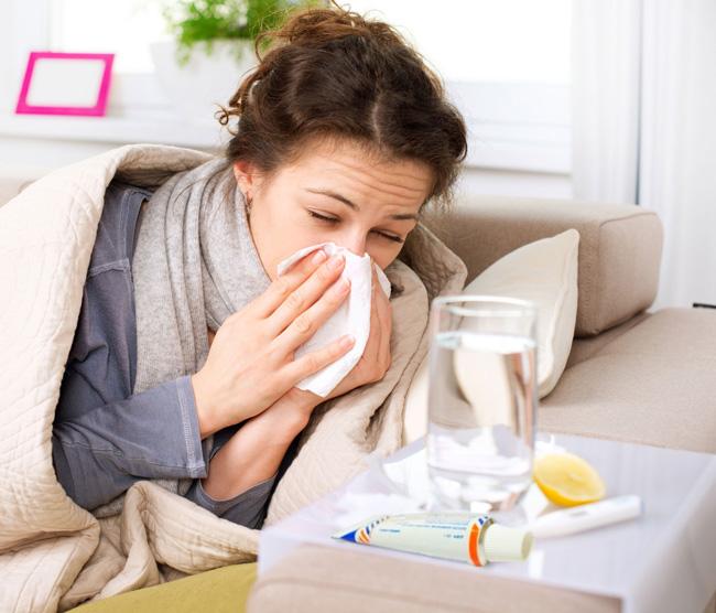 Виферон применяют при возникновении острых респираторных инфекций, в случае если на коже или слизистых появились симптомы деятельности вируса