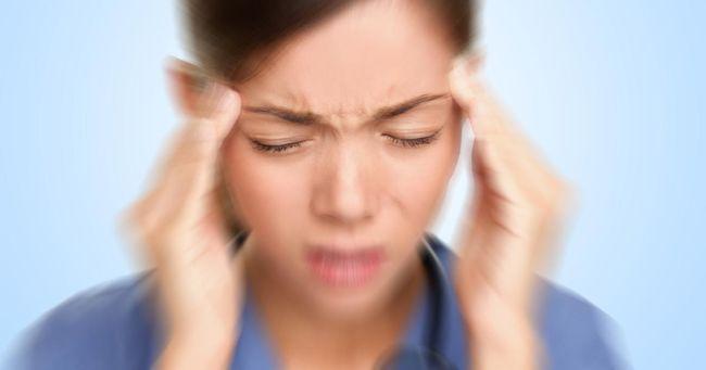 Мигрень - это сильные головные боли, которые чаще встречаются у женщин