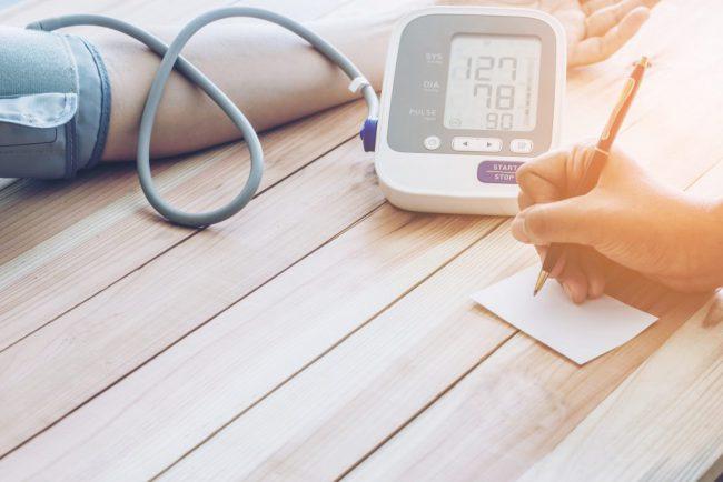 В большинстве случаев начальная доза препарата Моксонидин составляет 0.2 мг/сут. Максимальная разовая доза составляет 0.4 мг