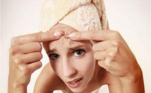 Важно постараться минимизировать влияние раздражающих кожу факторов, чтобы избежать высыпаний
