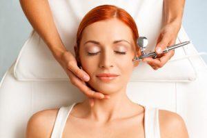 На сегодня существует много косметологических процедур по чистке кожи, важно выбрать подходящую для себя, учитывая причины проблемы и индивидуальные особенности организма