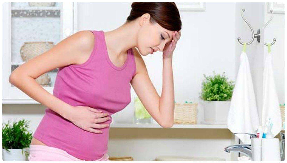 Паховая грыжа может возникнуть из-за ослабленной мышцы передней брюшины, после родов