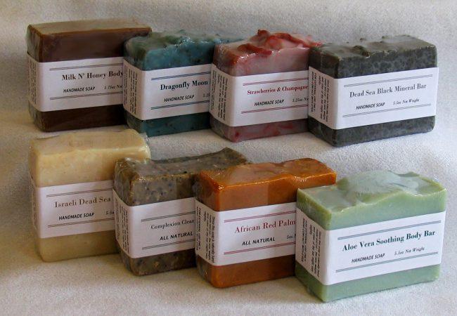 Кроме пищевой промышленности пальмовое масло используется в косметологии