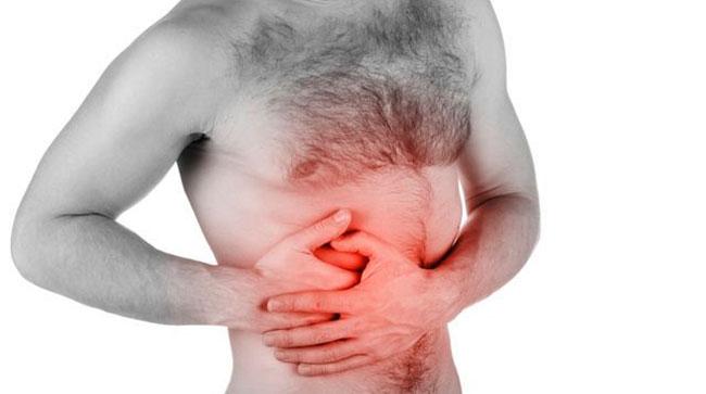 При первых симптомах диффузных изменений может наблюдаться боль в области поджелудочной железы, нарушение дефекации и метеоризм