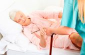 Treatment of a hip fracture in the elderly: surgery, recovery time and prognosis