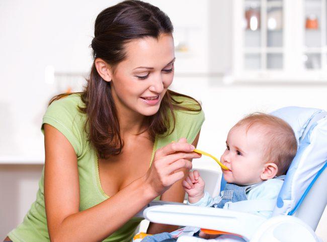Всего 1-2 яйца в день помогут укрепить иммунитет ребенка и насытить его организма многими полезными витаминами и микроэлементами, а также в 4-5 раз уменьшит риск заболевания простудой