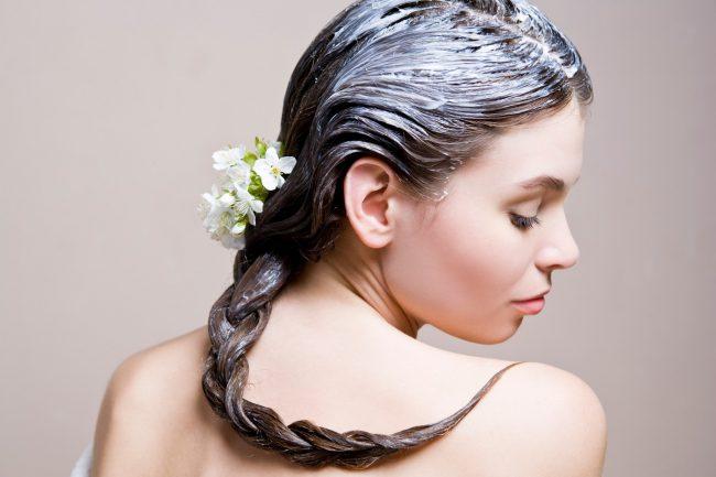 Перепелиные яйца успешно применяются в качестве косметических масок для кожи и волос