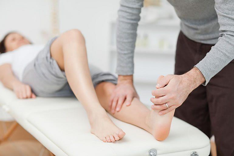 Причины, симптомы и лечение полинейропатии нижних конечностей — чем отличаются диабетическая, алкогольная и другие формы болезни