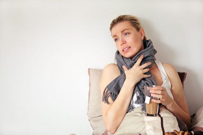 Болезни горла бывают разные, и порой только врач может поставить точный диагноз и назначить безопасное для беременности лекарство