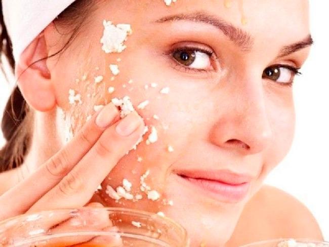 Перед использованием тех или иных методов борьбы с проблемами кожи стоит обратиться к дерматологу, который подберет индивидуальную схему лечения