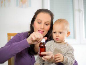 Выбирать медпрепарат, особенно для лечения детей, следует лишь по назначению врача