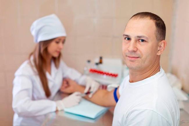 Забор материала для анализа крови на ПСА проводят из вены в утреннее время суток