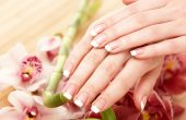 What kind of diseases can say white spots on the nails?
