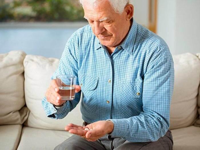 Курс лечения и дозировки определяет только врач, при этом ощутимый эффект достигается только при длительном применении