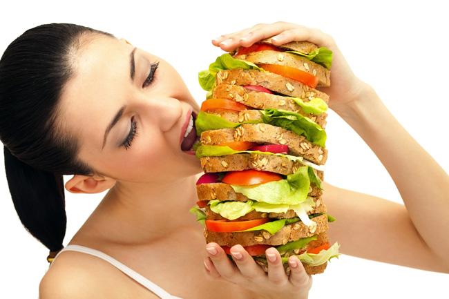 Принимать Сенаде для похудения не имеет смысла, так как он не обладает абсорбирующими свойствами и не может улучшать кишечную флору а также никак не влияет на жировые отложения