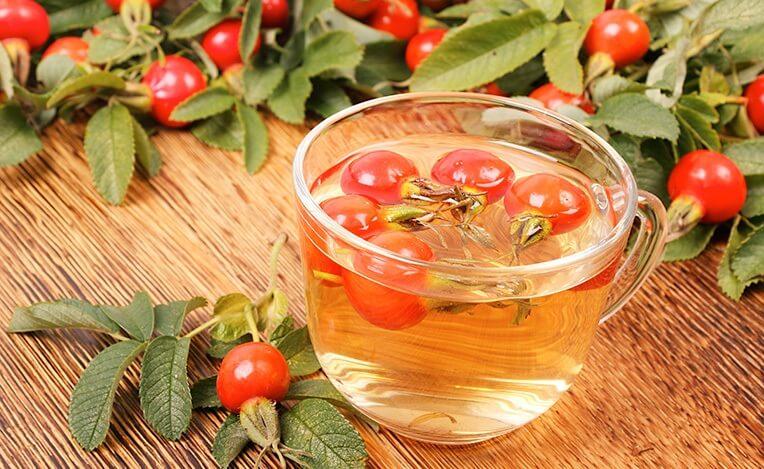 В холодный период времени следует позаботиться о своем иммунитете, а такая полезная ягода, как шиповник, сможет вам в этом помочь